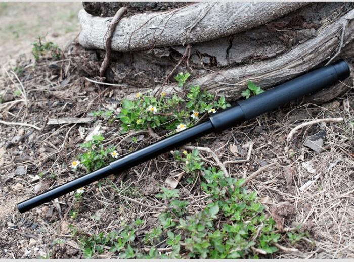 Baton hay còn được gọi với cái tên gậy 3 khúc